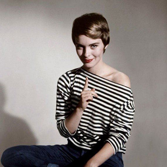 jean-seberg-wearing-black-white-stripey-top-7.jpg